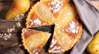 Pear almondine tart